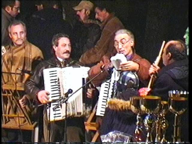 Gambatesa maitunat 1-1-1999: canzone di Pasquale Vezza  dedicata alle donne
