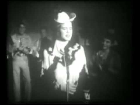 Patsy Cline - Walkin' After Midnight (Town Hall Party - 1958)
