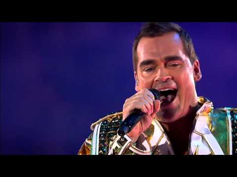 TOPPERS IN CONCERT  -  News Disco medley - Pardal338
