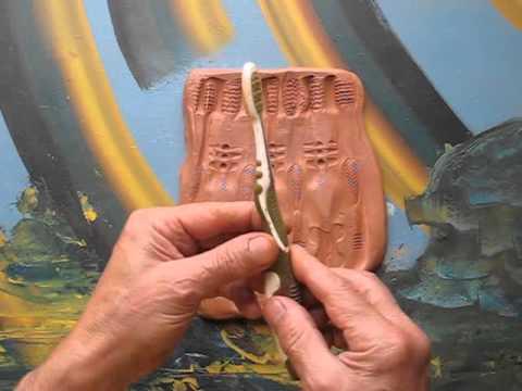 Clases De Ceramica 12 Textura Con Un Cepillo De Dientes