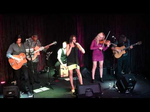 Hot Club of Las Vegas performs Rosey's