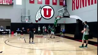 Isaiah Thomas dunks off the floor at the warm-up