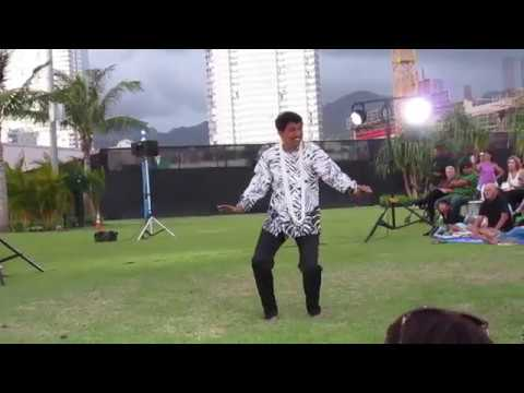"Melveen Leed - ""Nani Kauaʻi"" With Hula"