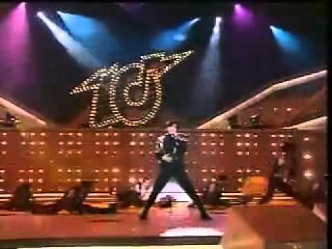 1992年度十大勁歌金曲頒獎典禮:「最受歡迎國語歌曲」銀獎–《對你愛不完》 - YouTube