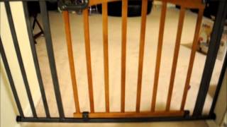 Kidco White G2000 Baby Gate And Summer Infant Stylish & Secure Wood & Metal Expansion Gate