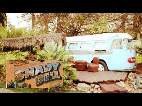 #1211 THE SHADY DELL Amazing Vintage Theme Trailer Park BISBEE AZ Travel Vlog (12/18/19)