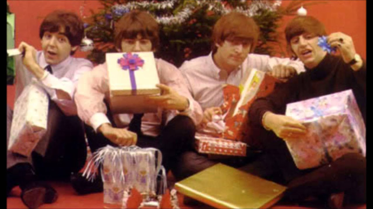 Beatles' Rare Fan-Club Christmas Records: A Complete Guide – Rolling