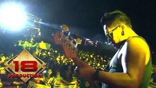 Endank Soekamti - Luar Biasa (Live Konser Subang 30 September 2015)