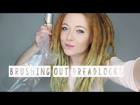 Thumbnail: BRUSHING OUT SOME DREADLOCKS AFTER 2 YEARS