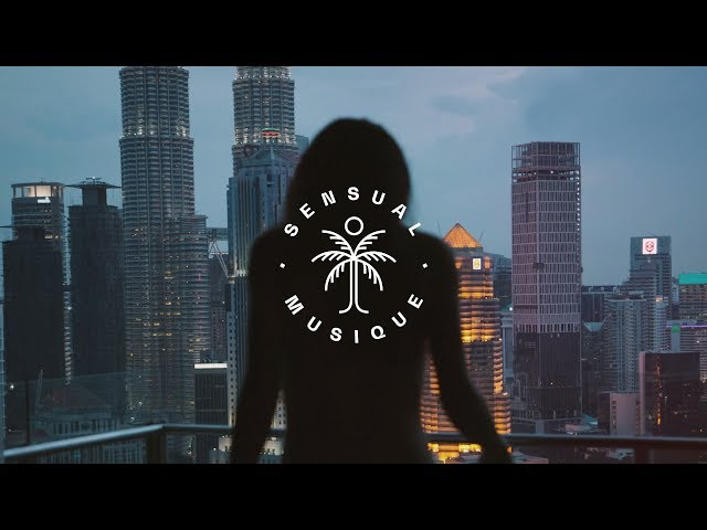 Light The Sky - Undone (feat. Brooke Williams) // Lyrics