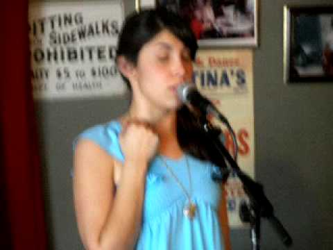 P3210052 Miranda Dawn at Evangeline Cafe