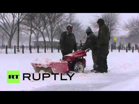 USA: Huge snowstorm hits Washington D.C.