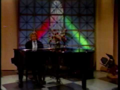 Barry Manilow On The Joan Rivers Show
