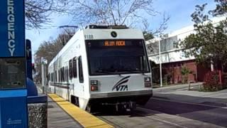 サンノゼ VTA ライトレール発車 (VTA Light Rail around San Jose)