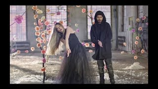Смотреть клип Nowator Ft. Asia Ash - Zmieniamy Świat