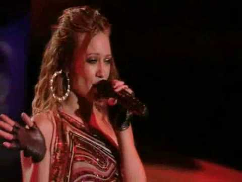 Hilary Duff - I Wish (Live at the Gibson Amphitheatre) mp3