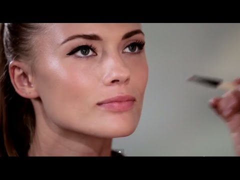 Про BEAUTY BLENDER и Liner Designer (трафарет для стрелок) - YouTube