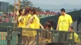 這是今年第一次進場看球也是第一次看到兄弟象的啦啦隊當然象Young女孩也...