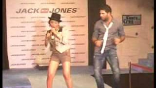 singh is king: yuvraj dances with model at new store in chandigarh