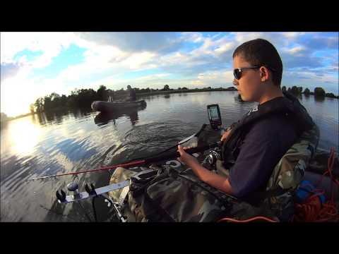 Première sortie silure  pour Arthur (13 ans)  en float tube JMC Trium sur la Saône.