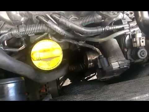 Trafic Vivaro Egr Valve In Situ M9r 2 0 Youtube