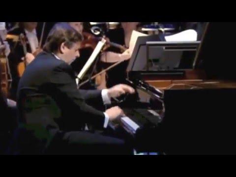 Jablonski plays Tchaikovsky