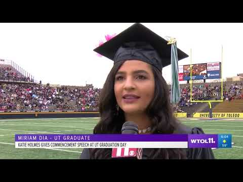 Katie Holmes gives commencement address at UToledo