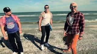 Смотреть клип Asu & Boby Feat Adam B - Ochii Care M Au Vrajit