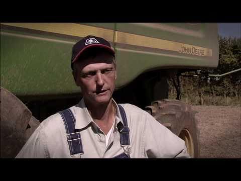 Kip Culler Soybean Yield Record Holder John Deere www.crossimp.com 309-392-2150