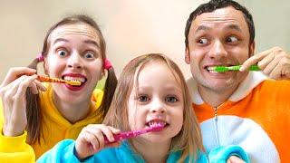 Чистим зубки- Детская песня. Песни для детей от Майи и Маши