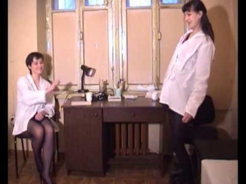 video-podglyadivanie-na-medosmotre-devushek