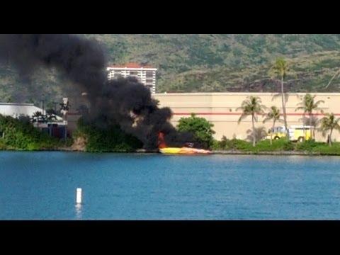 Boat bursts into flames in Hawaii Kai Marina