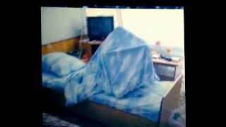 Как заправлять одеяло, видео-урок