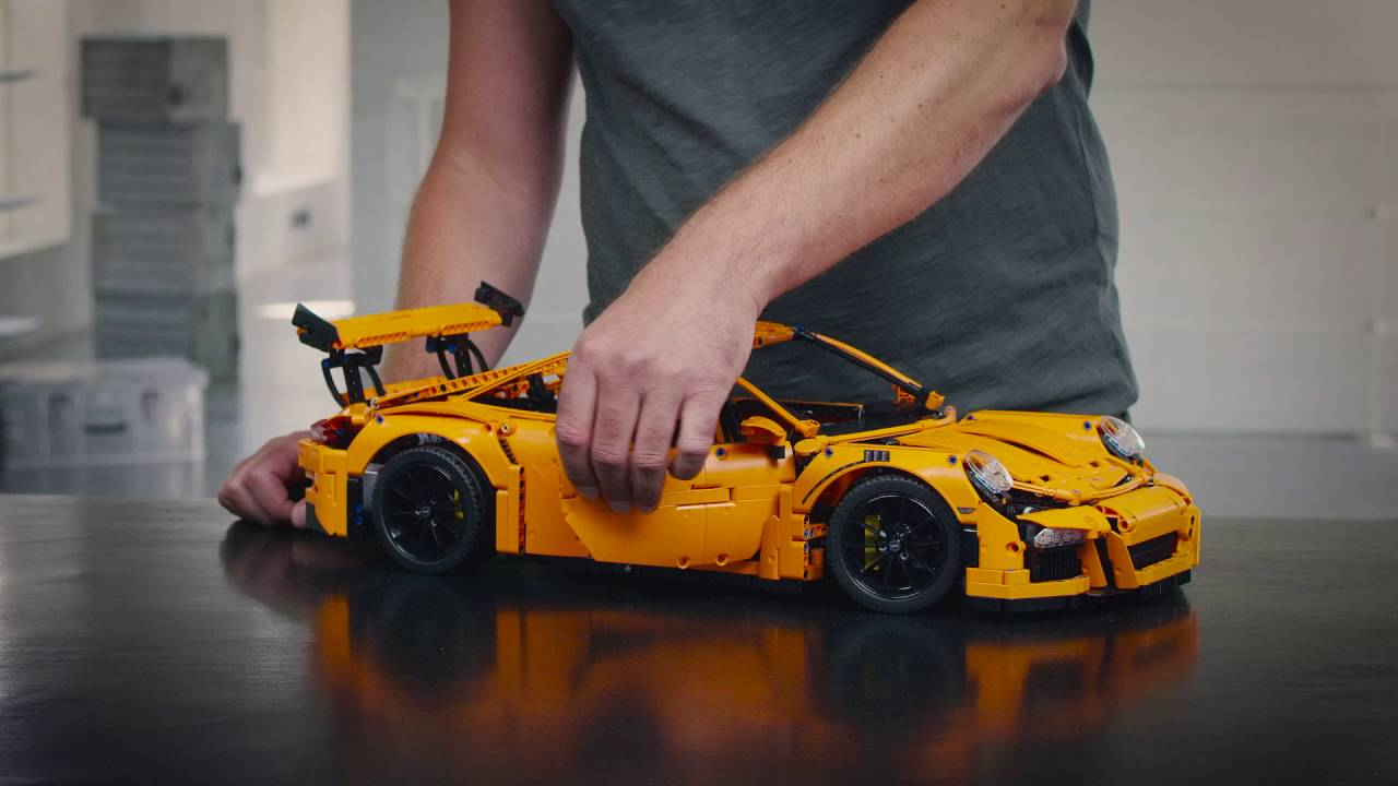porsche 911 gt3 rs lego technic designer video 42056. Black Bedroom Furniture Sets. Home Design Ideas