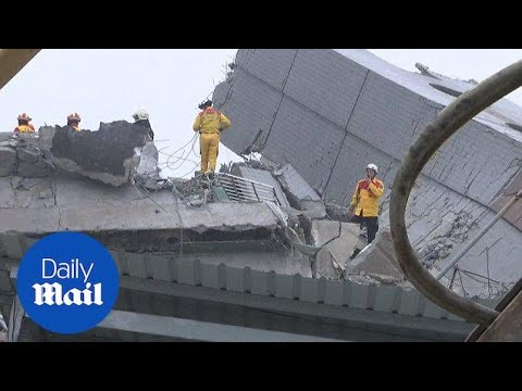 Rescuers continue search for survivors after Taiwan earthquake - Daily Mail