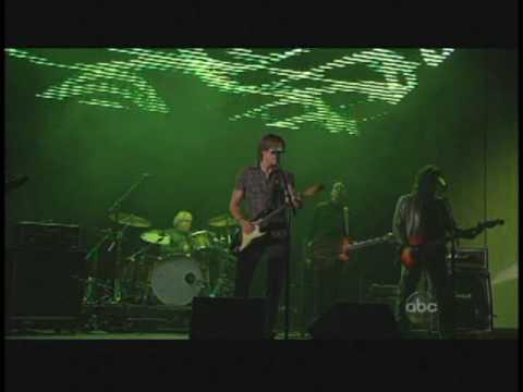 Keith Urban - Till summer comes around CMAs 09.mpg