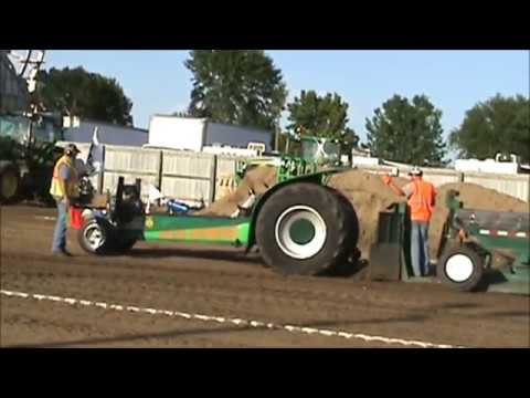 W. Otter Tail Fair Tractor Pulls 2016