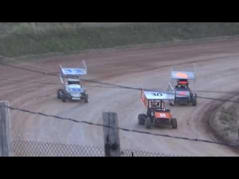Paradise Speedway Brandyn/Terry Griffin heat race 8/27/16