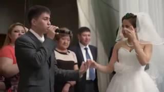 Брат читает рэп сестре на свадьбе
