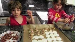 Backen Für Weihnachten Und So: Haselnussmakronen, Plätzchen, Backen Mit Kindern
