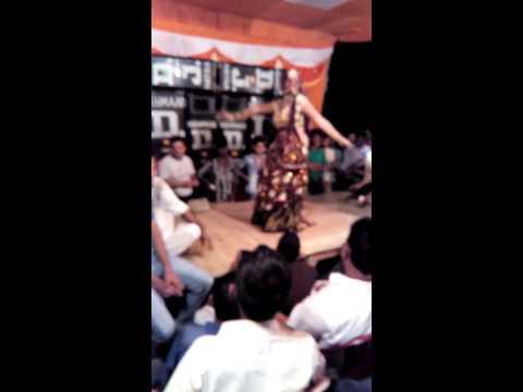 Hatra dance shadi video