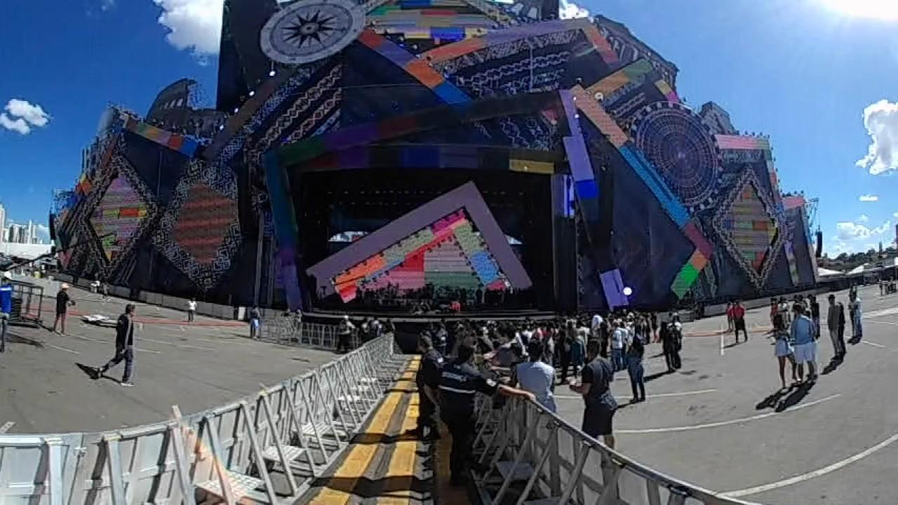 Maior palco do mundo Vila Mix Goiânia 2017