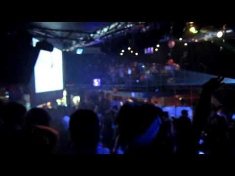 Baby Vuvu aka Cutest Baby Song in the world - Everybody Dance Now (Official Music Video)из YouTube · Длительность: 3 мин21 с  · Просмотры: более 148.017.000 · отправлено: 30-6-2011 · кем отправлено: Jamster