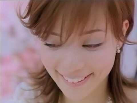 加藤ローサ ゼクシィ CM スチル画像。CM動画を再生できます。