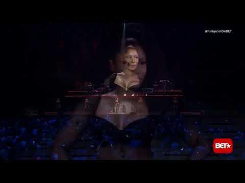 Nicki Minaj Moment 4 Life Live