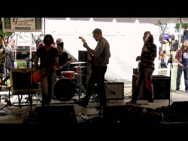 Hot Rod Live at the Courthouse Arts & Craft Brew Festival