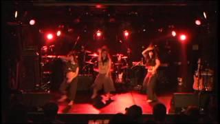 『On The Floor 』2013年11月4日秋葉原CLUB GOODMANにて emoTION公式ホ...