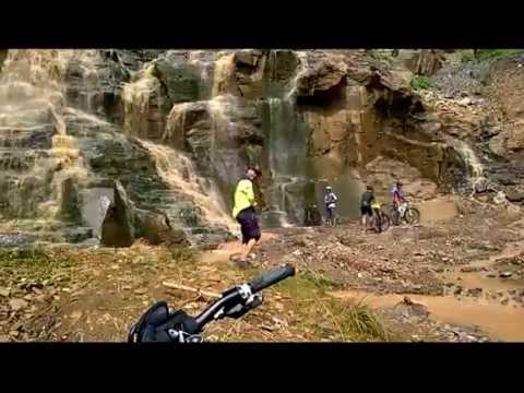 Batu Templek  Ujung Berung - Jalur Sepeda cantik Bandung #2 Ada Curug nya!