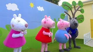 PEPPA PIG LAND - Family trip to Peppa Pig House & Theme Park