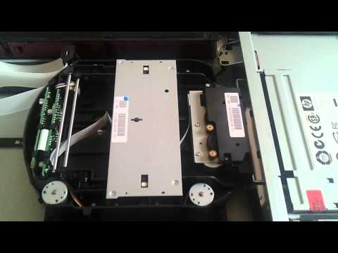 HP StorageWorks 1/8 G2 Tape Autoloader - Tape load